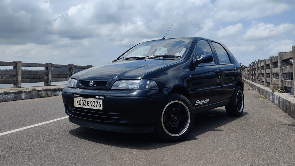 Modified Fiat Palio with custom short-throw gear shifter